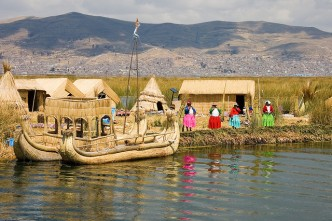 Uros Islands - Lac Titicaca