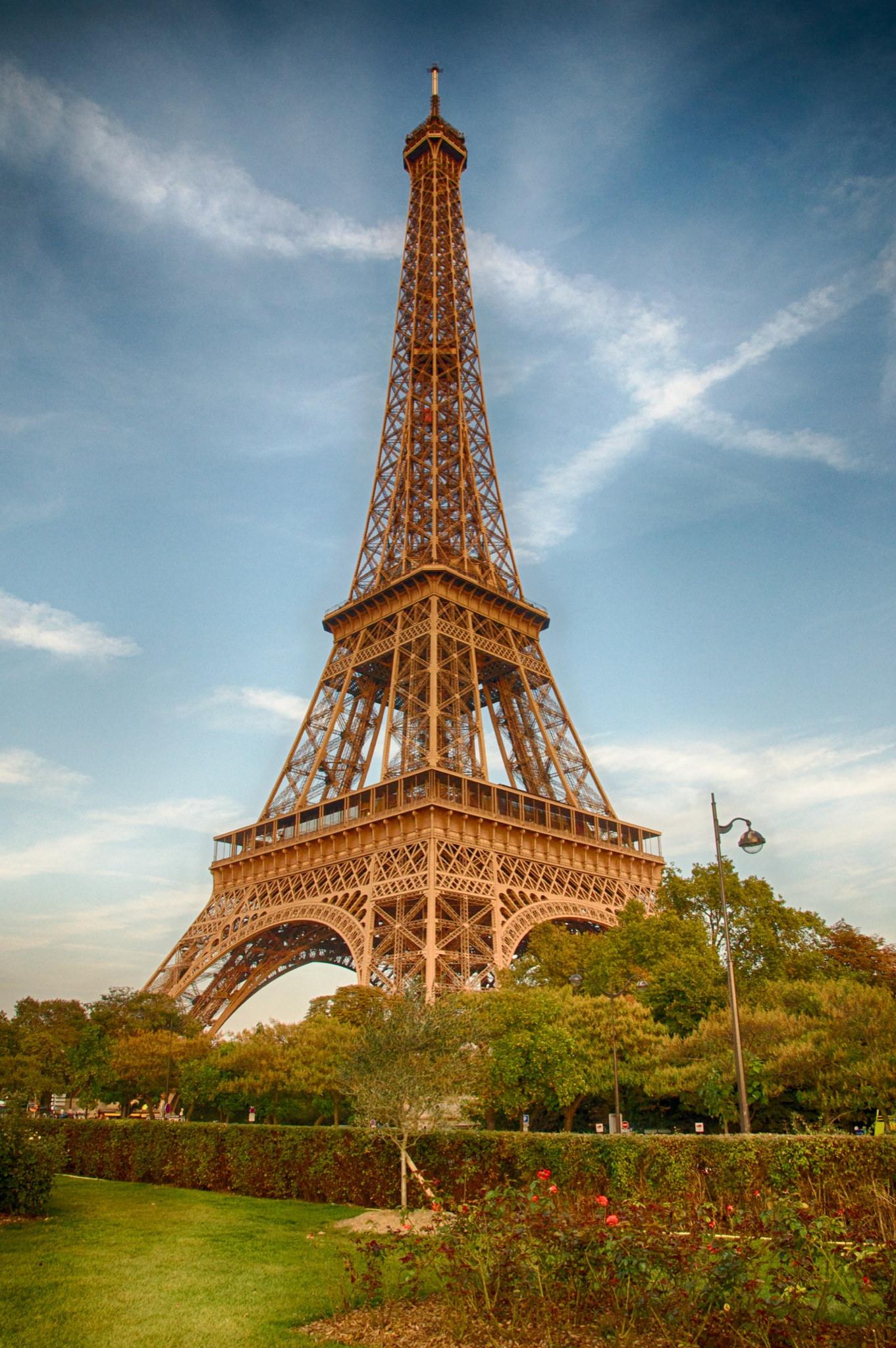 10 choses savoir avant de visiter la tour eiffel blog for A l interieur de la tour eiffel