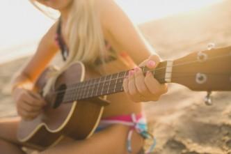 Écouter ou faire de la musique en voyage