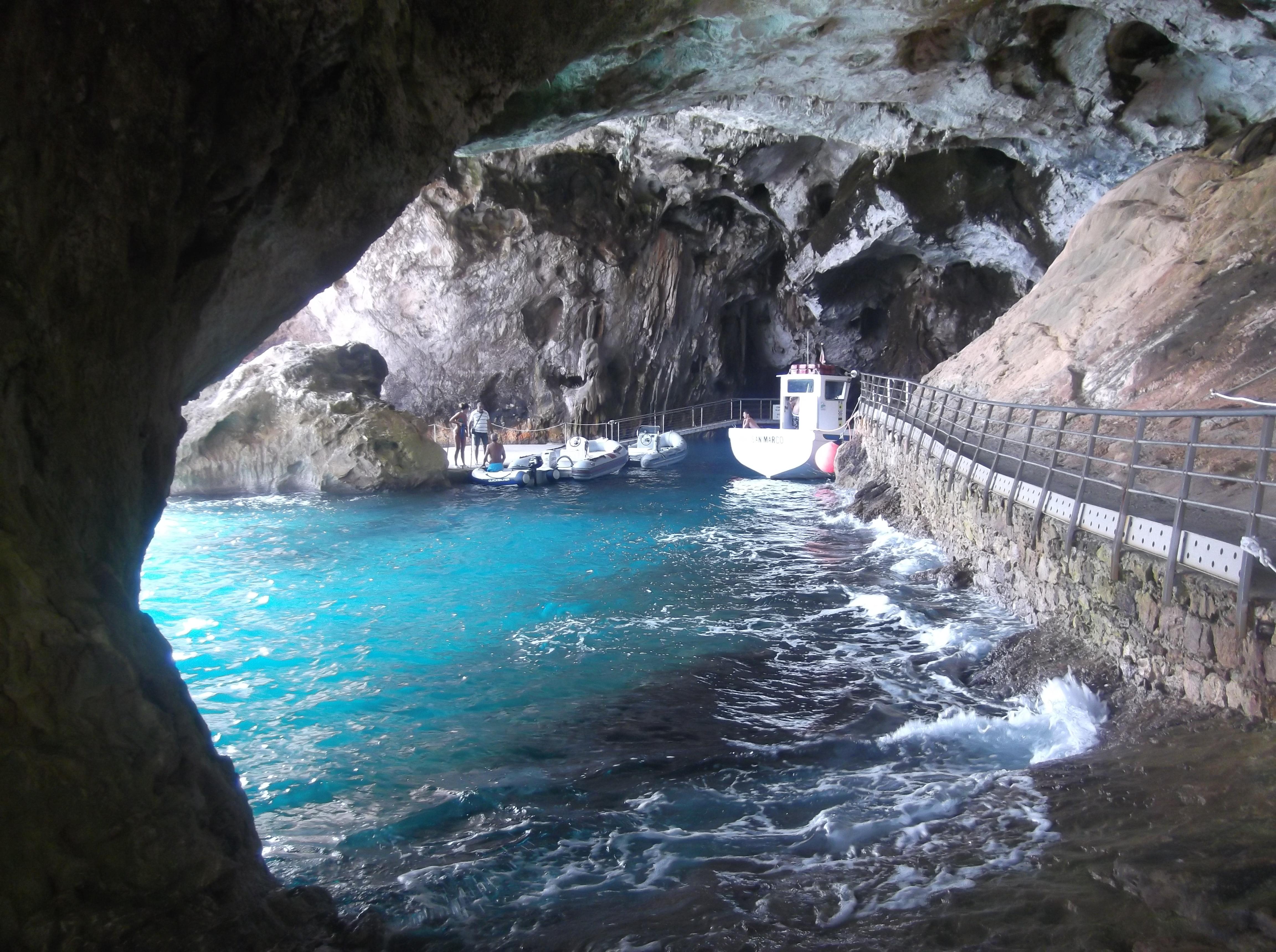 Grotte du Bue Marino près de Cala Gonone
