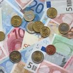 Voyage à l'étranger : 5 conseils pour éviter de payer des frais bancaires