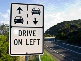 Panneau conduire à gauche