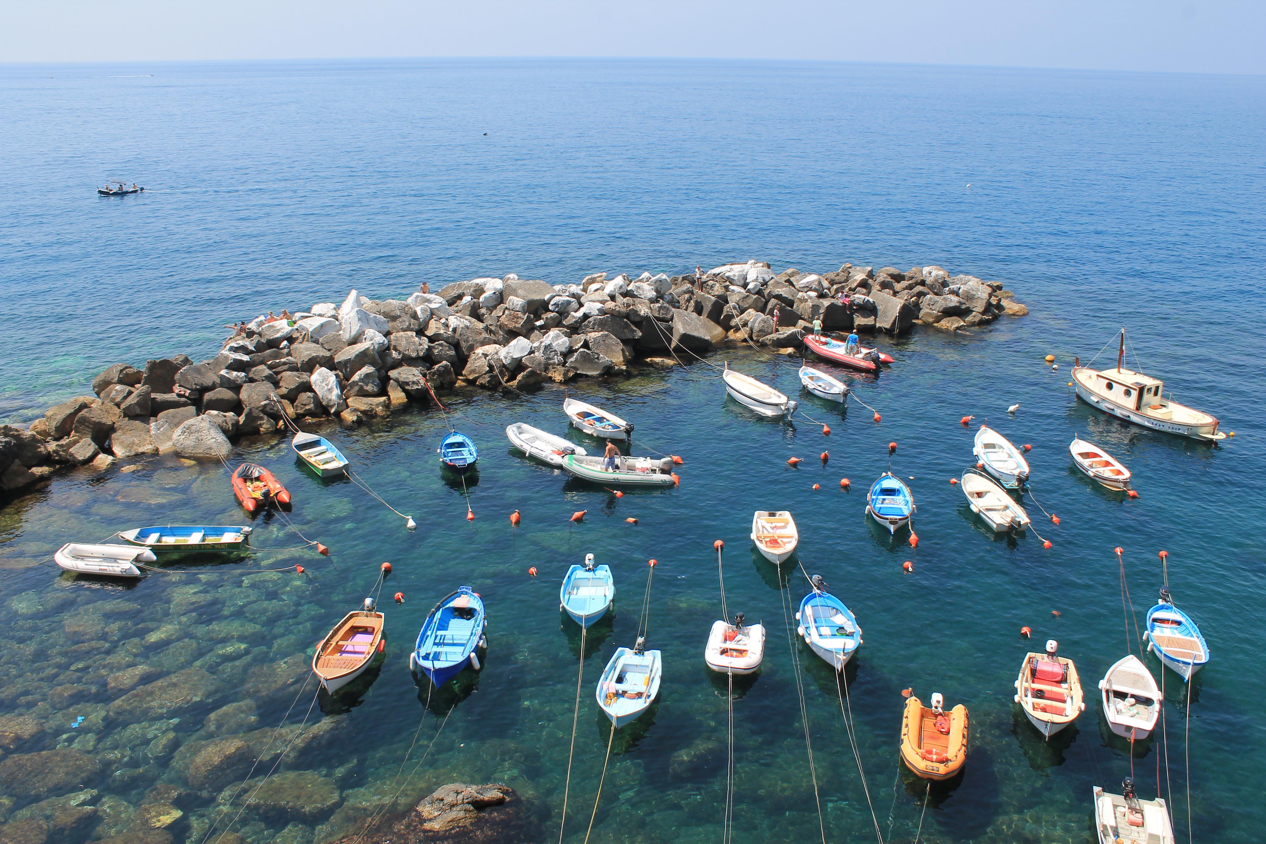 Des barques aux Cinque Terre