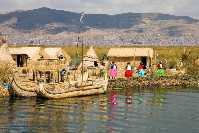 Uros Islands - Lac Titicaca
