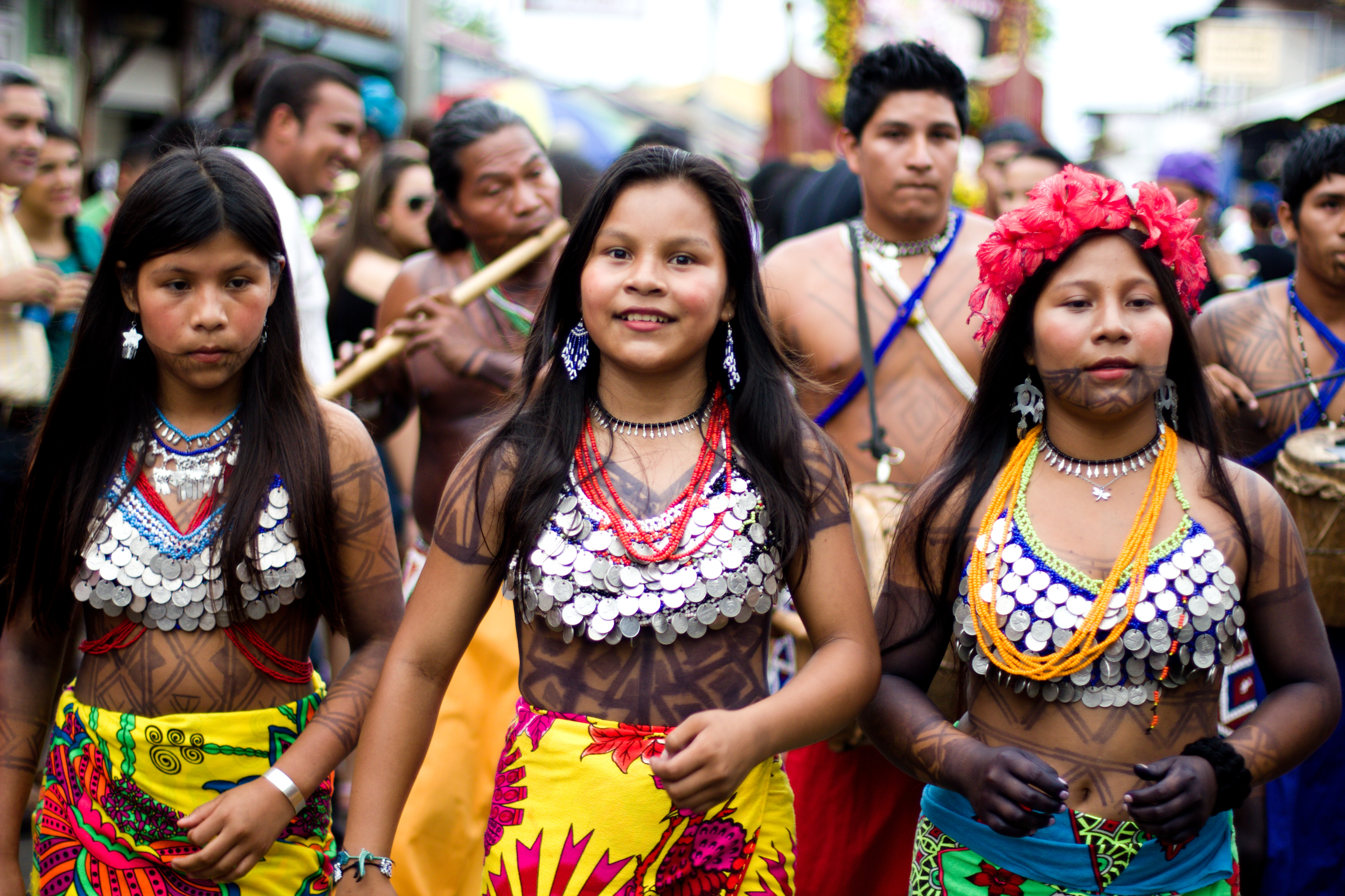 Jeunes femmes d'Embera