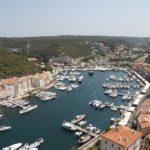 La location de bateau en Corse : une astuce authentique pour découvrir cette île