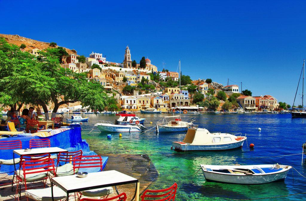 Port de Simi en Grèce - location de bateau